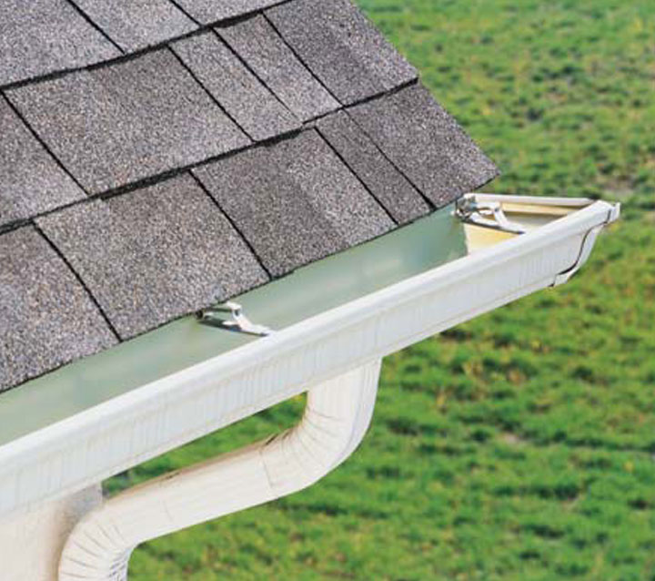 Gutter Cleaning in Kanata, ON